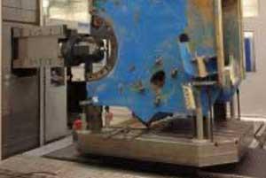 Wir kömmern uns um die Abholung und die ordnungsgemäße Aufarbeitung Ihrer Maschinen.